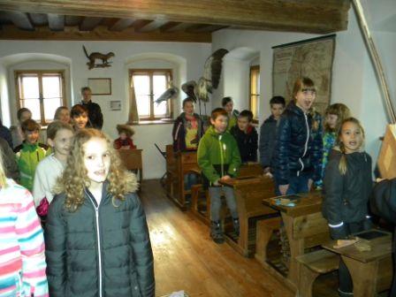Zu Besuch Im Schulmuseum Und In Der Lebzelterei Kastner In